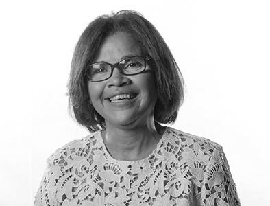 Dra. Leandra Tapia
